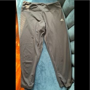 Adidas Climalite Capri Workout Yoga Pant